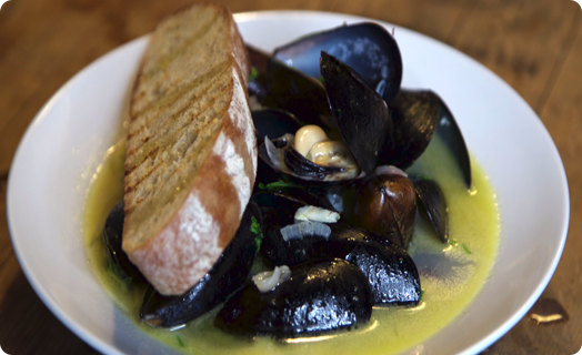 Mussels (Saltspring Island) with SMS Ultimate Stock