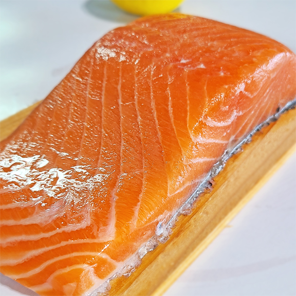 cedar plank atlantic salmon
